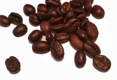 Coffee-Beans-Isolated-on-white